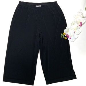 Chico's Travelers Black Cropped Lounge Pants